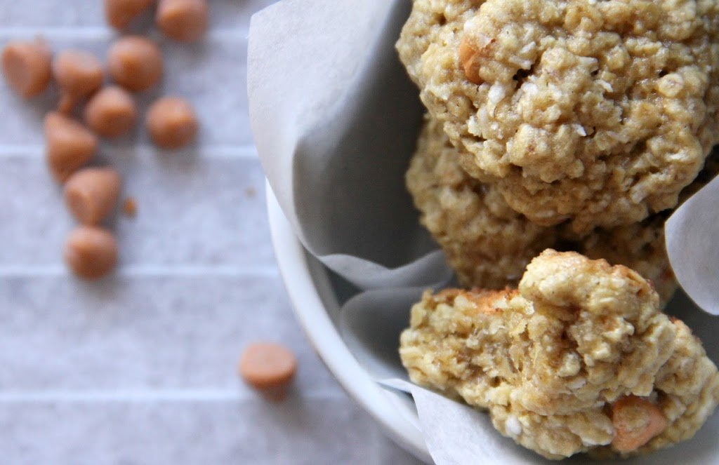 Coconut Oatmeal Scotchies are perfectly chewy yet soft, with chunks of butterscotch and flecks of coconut in every bite! | Persnickety Plates