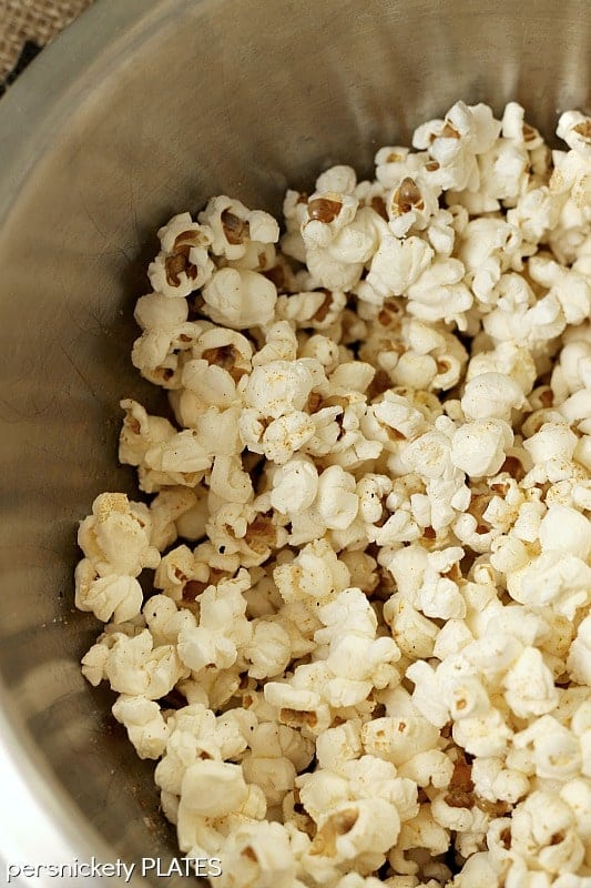 Coconut Oil Popcorn | Persnickety Plates