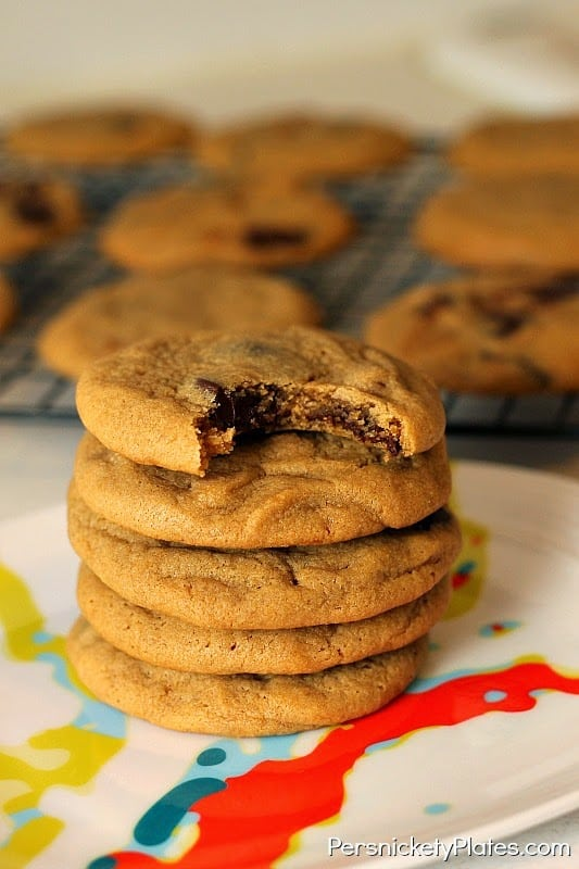 Soft & chewy Peanut Butter Chocolate Caramel Cookies | Persnickety Plates