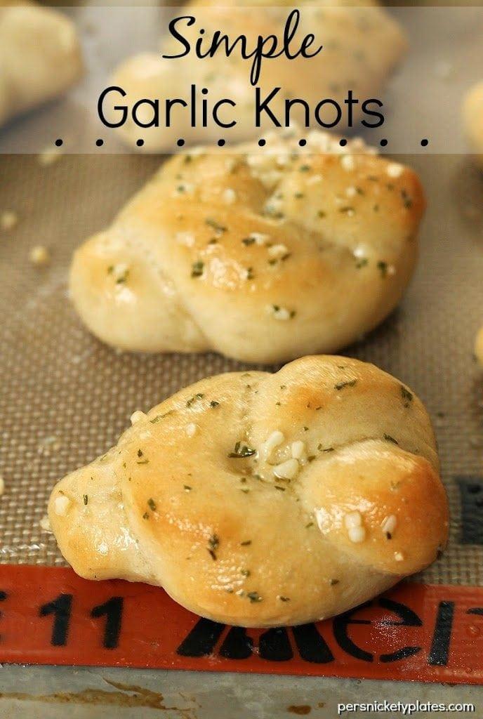 Simple Garlic Knots
