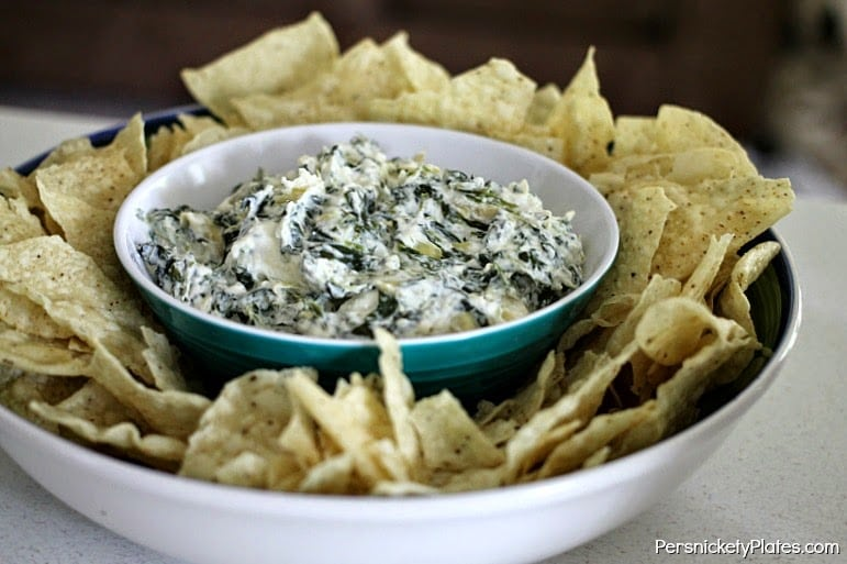 Slow Cooker Spinach & Artichoke Dip | Persnickety Plates