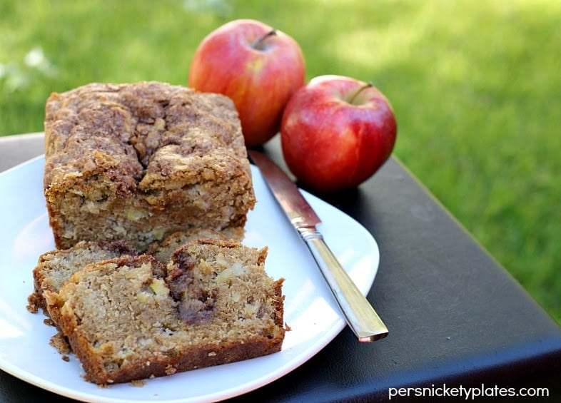 Apple Cinnamon Swirl Bread | Persnickety Plates