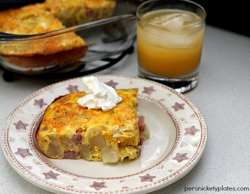 Ham & Potato Breakfast Casserole For Two | Persnickety Plates #spon