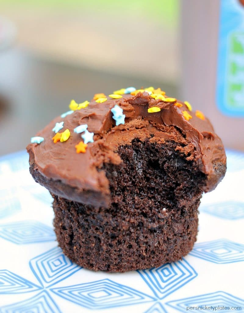 Chocolate Milk Cupcakes are not to be confused with Milk Chocolate Cupcakes! These easy cupcakes are made with chocolate milk! This doctored box mix recipe can be made in minutes and perfect for a late night snack or a quick dessert!
