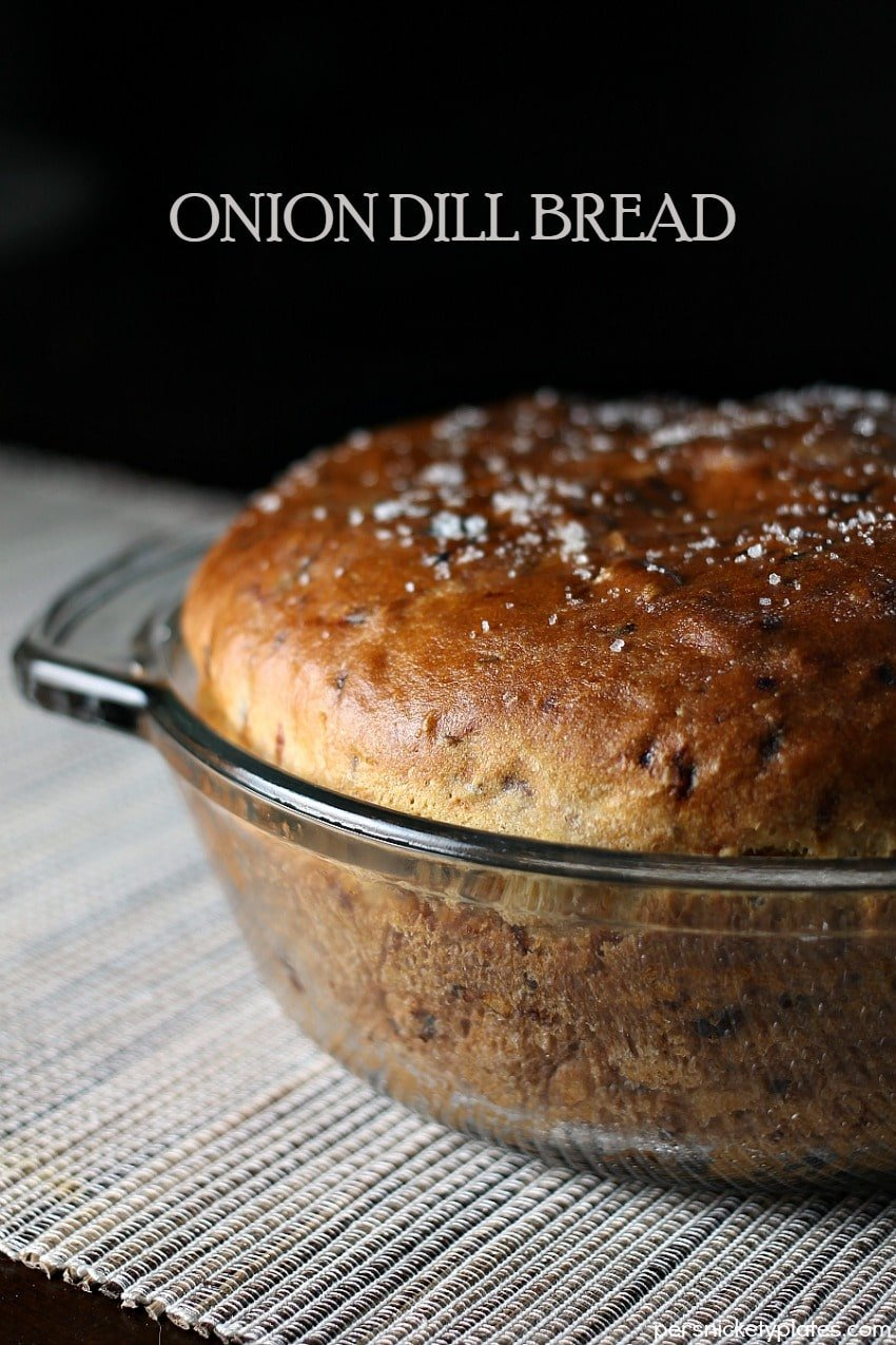 Onion Dill Bread is a simple bread recipe passed down from my great grandma. It pairs perfectly with soups & stews! | Persnickety Plates