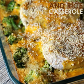 Six ingredients, one casserole dish - Cheesy Chicken Broccoli and Rice Casserole is perfect for busy weeknights! | Persnickety Plates AD