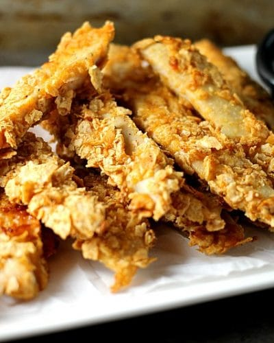 Gluten free Crispy Baked BBQ Chicken Strips made with Vans® Multi-Grain BBQ Chips can be whipped up in about 30 minutes so they're perfect for a weekday dinner! | Persnickety Plates