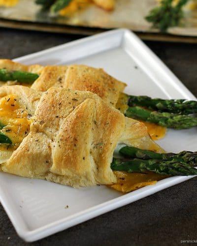 Cheesy Asparagus Puffs