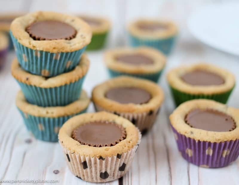 Chocolate Chip Peanut Butter Cookie Cups are only two ingredients and are ready in just 20 minutes. Perfect for a last minute bake sale, class treat, or craving! | www.persnicketyplates.com