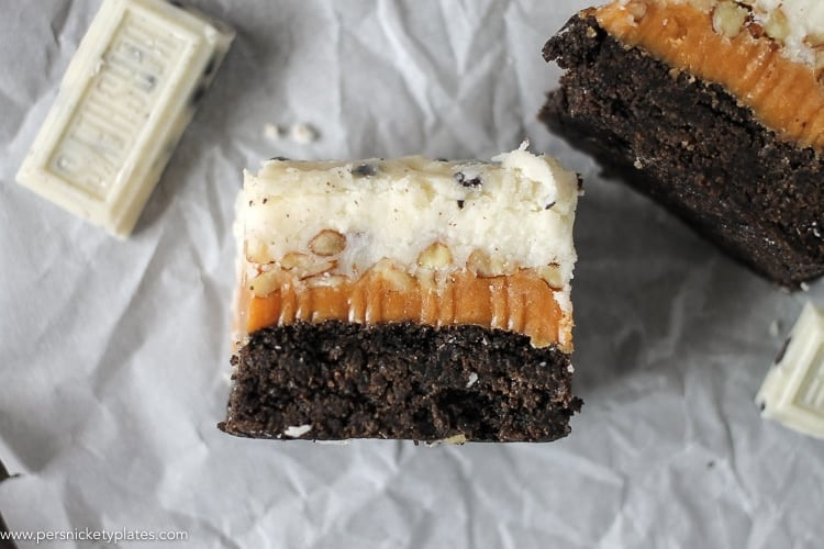 Cookies and Cream Caramel Layer Bars