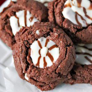 close up of fiesta fudge cookie