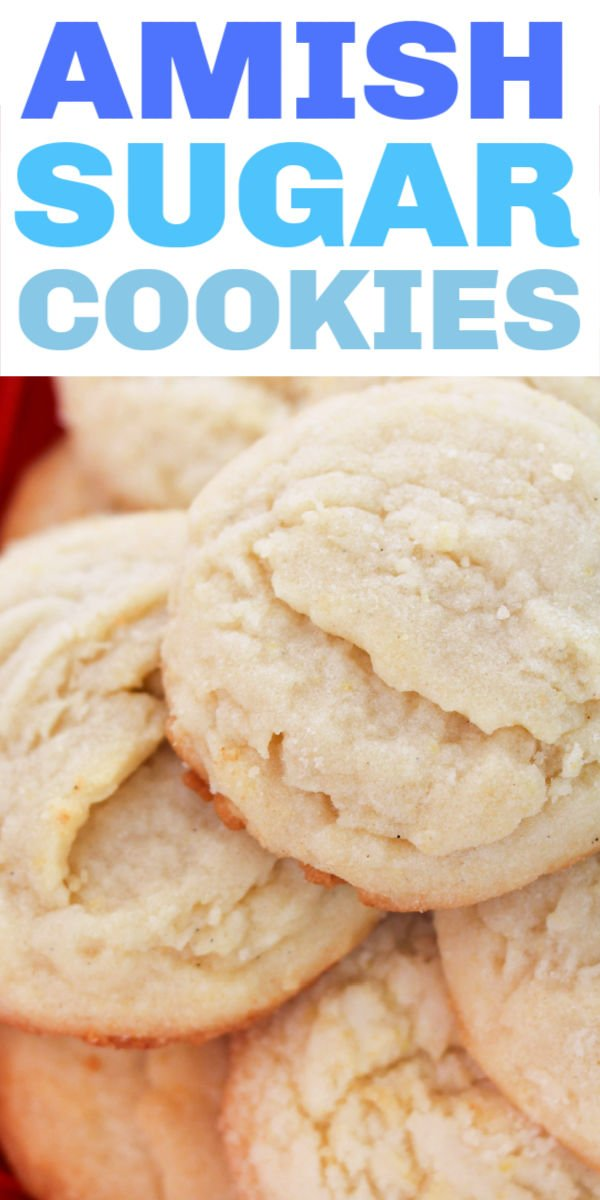 Sugar cookies without all the work! This vintage Amish sugar cookie recipe makes delicious, chewy, and easy to prepare cookies. Perfect for your next cookie exchange! | www.persnicketyplates.com #cookierecipe #easyrecipe #holidayrecipe