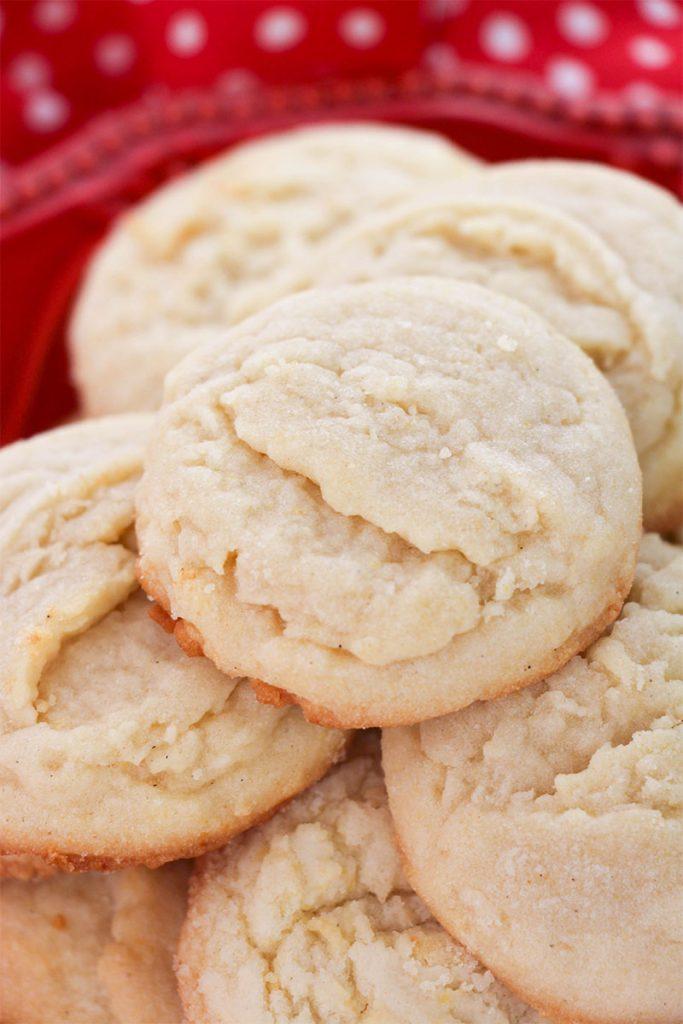 closeup of amish sugar cookies